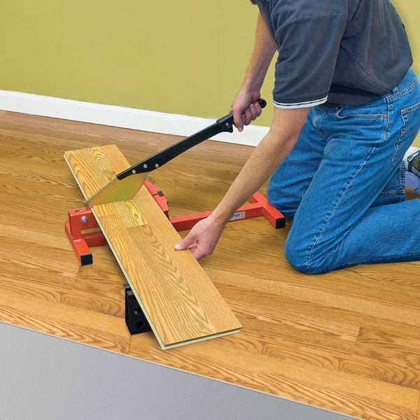 Cutting Laminate Flooring step three cut the laminate R2002 Laminate Floor Cutter
